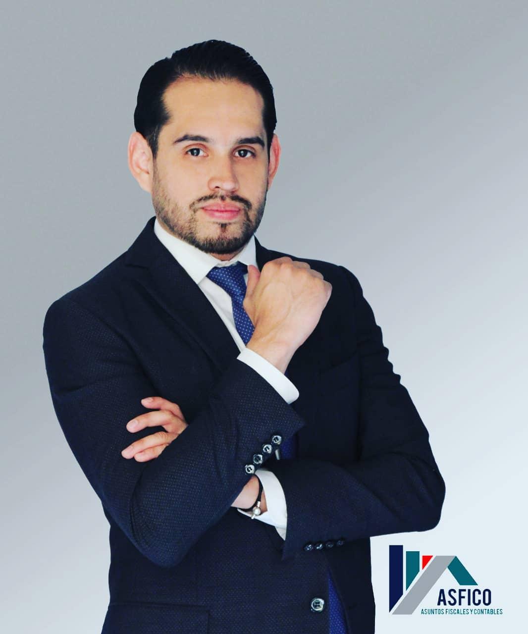 2.-Gerente GeneralL -General Manager C.P. Sergio Fernando Zavala Castillo